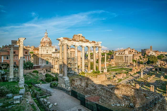Antichi edifici romani a Roma