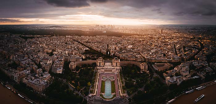 Vista del tramonto a Parigi, Francia